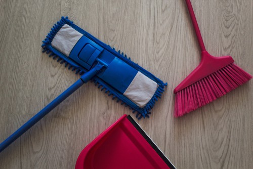 mop-brush-dustpan